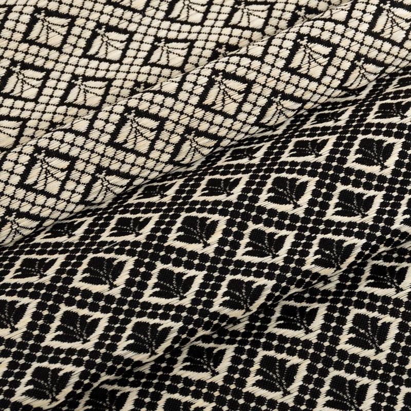 Tissu-crin-noir-motif-ivoire