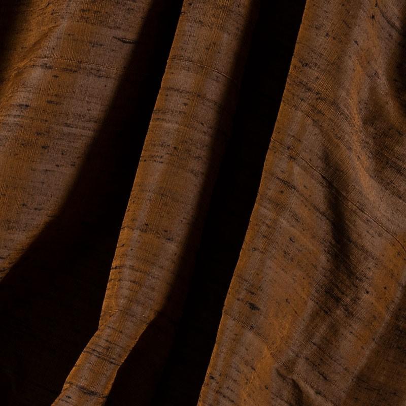 Tissu-soie-sauvage-brun