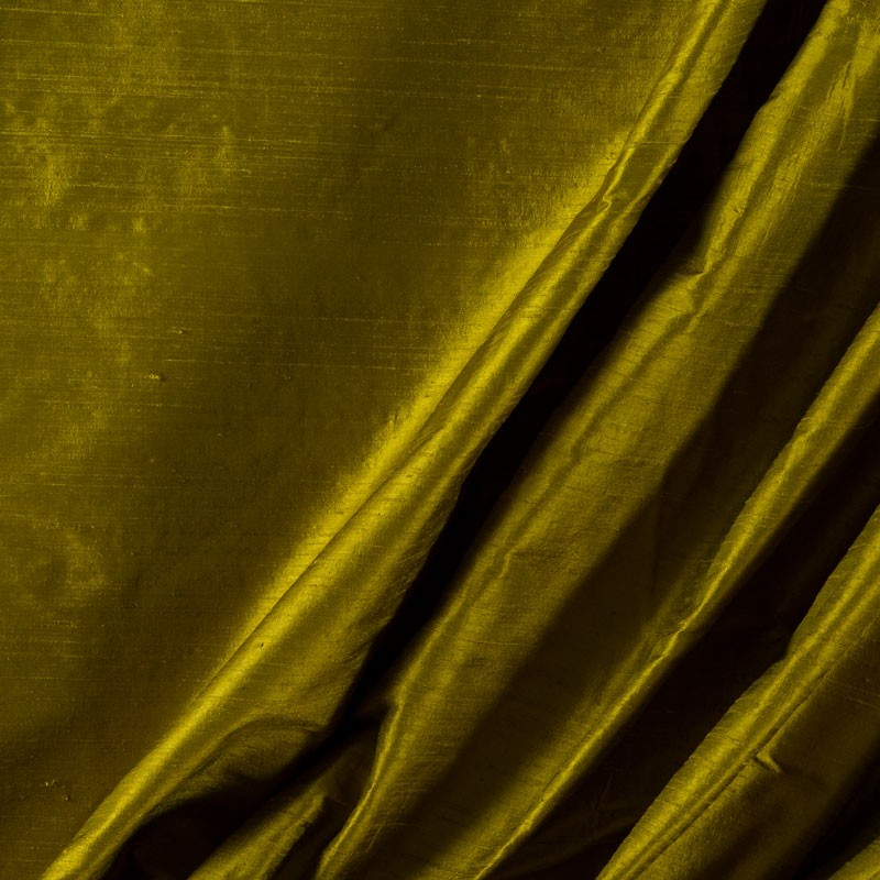 Tissu-soie-sauvage-vert