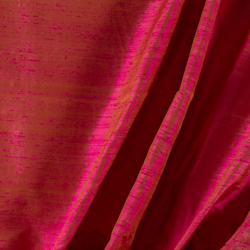 Tissu-soie-sauvage-rose-reflet-vert