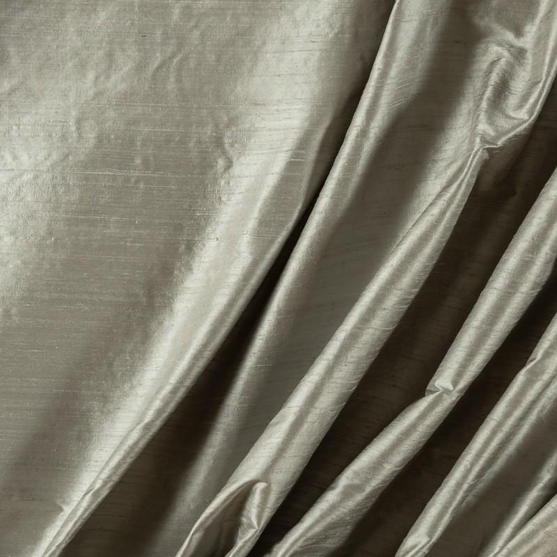 Tissu-soie-sauvage-gris