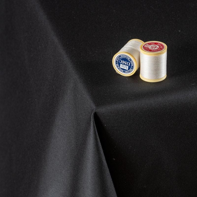 Tissu-300cm-polyester-nappe-noir