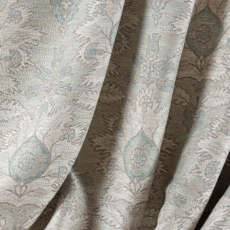 Tissu-tissé-fleuri-bleu-clair