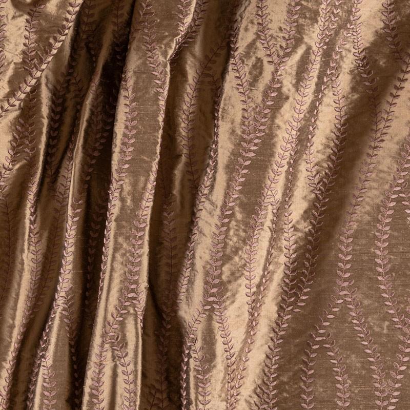 Tissu-soie-sauvage-bronze-brodée