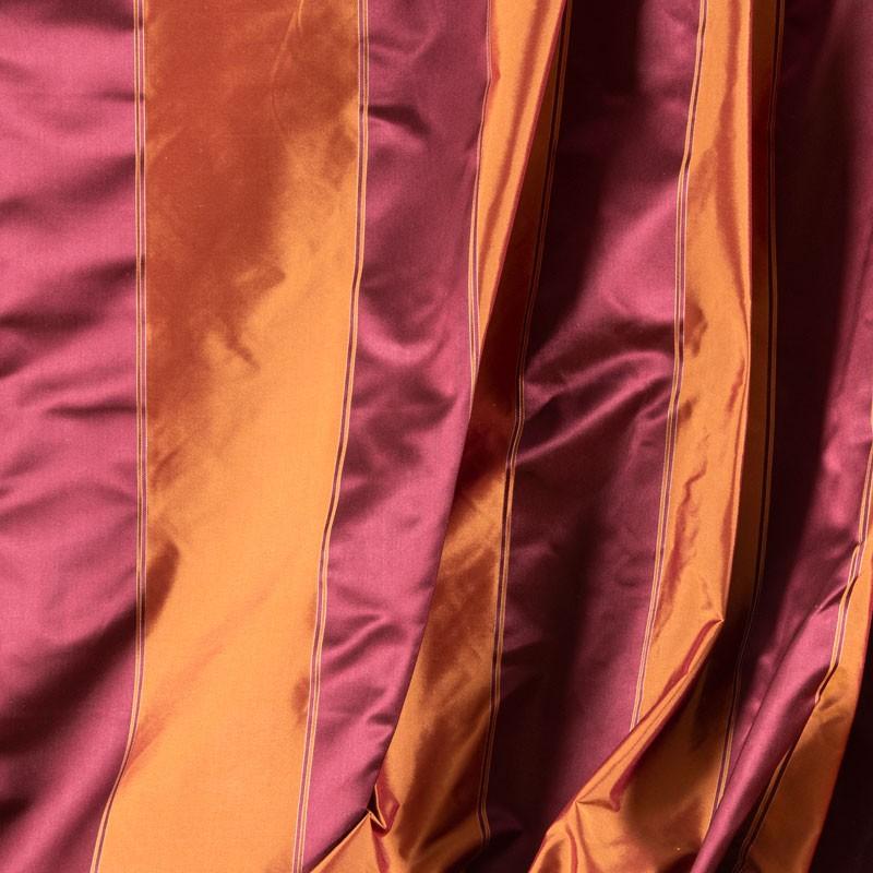 Tissu-100%--soie-brique-ligné-satin-prune