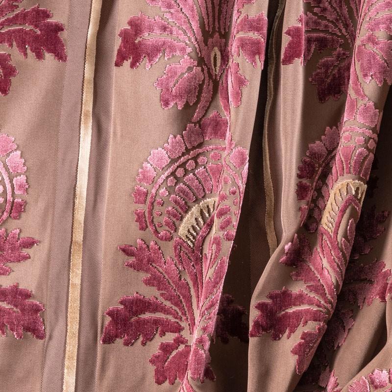 Tissu-motif-art-nouveau-en-velours-mauve