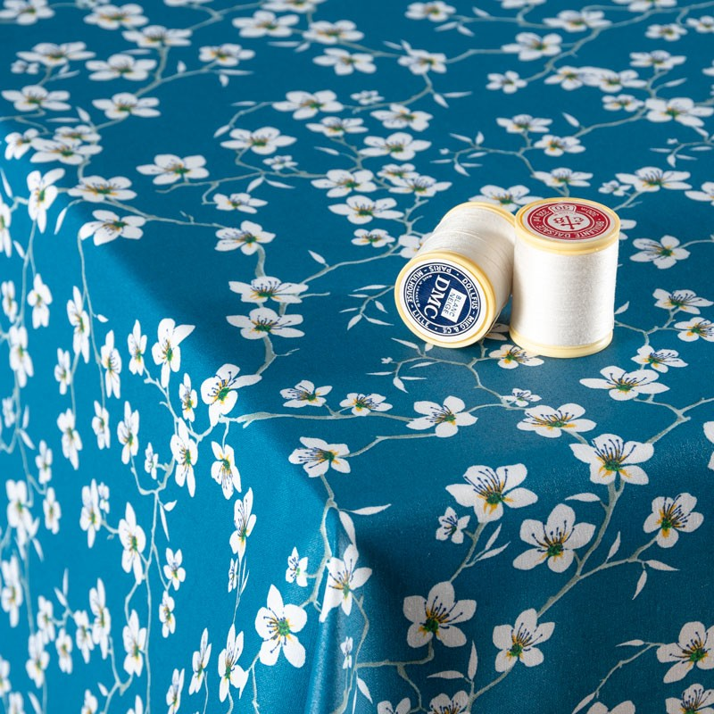 Tissu-coton-Enduit-bleu-Amandier-fleuri
