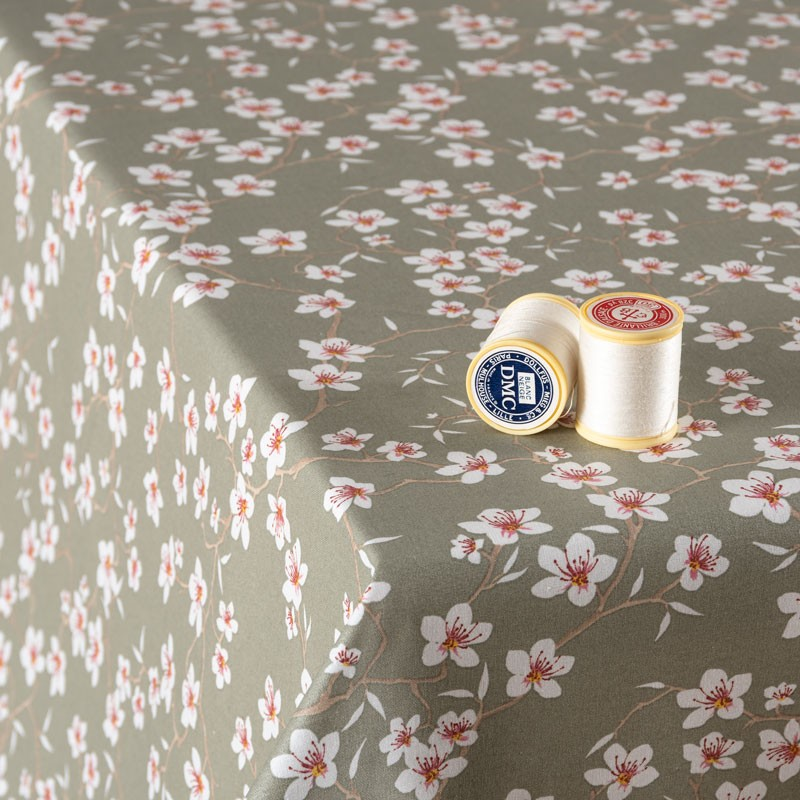 Tissu-coton-Enduit-sauge-Amandier-fleuri