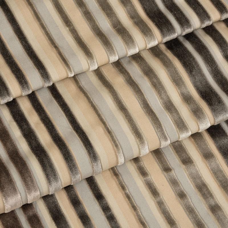 Tissu-velours-ligné-beige