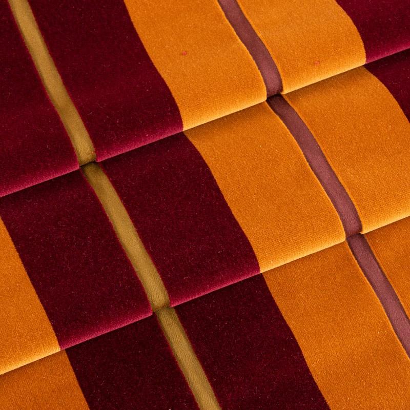 Tissu-velours-ligné-bordeaux-orange