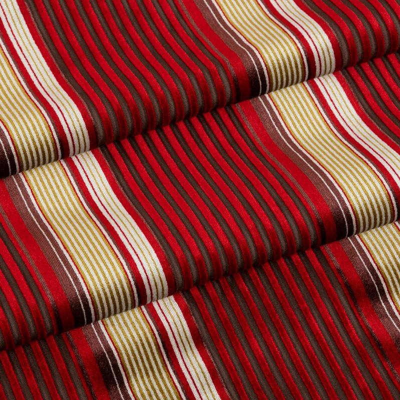 Coupe-5m30-velours-ligné-rouge