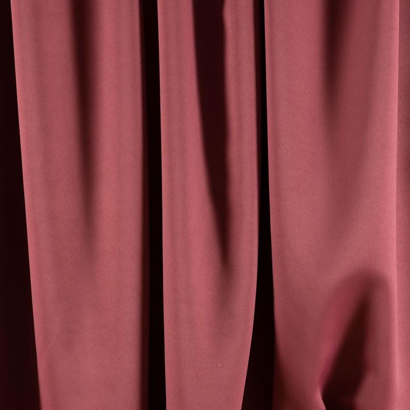Tissu-blackout-bordeaux-clair