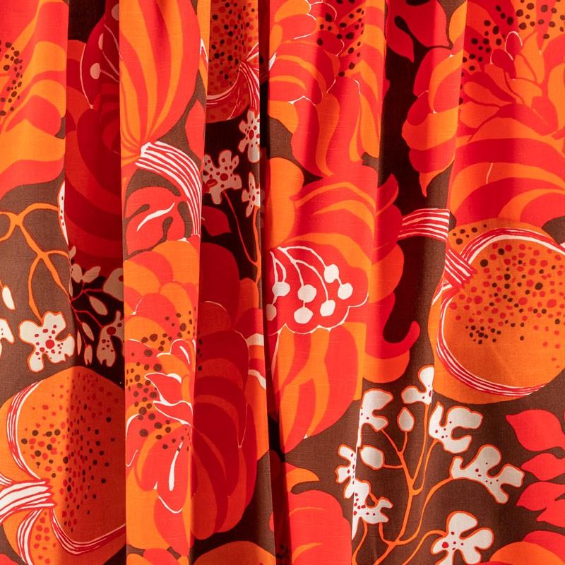 Tissu-vintage-fleuri-rouge