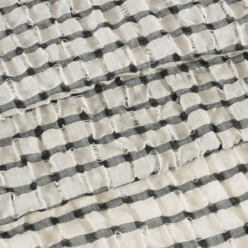 Coupe-1m90-voile-de-lin-ajouré-noir-et-blanc